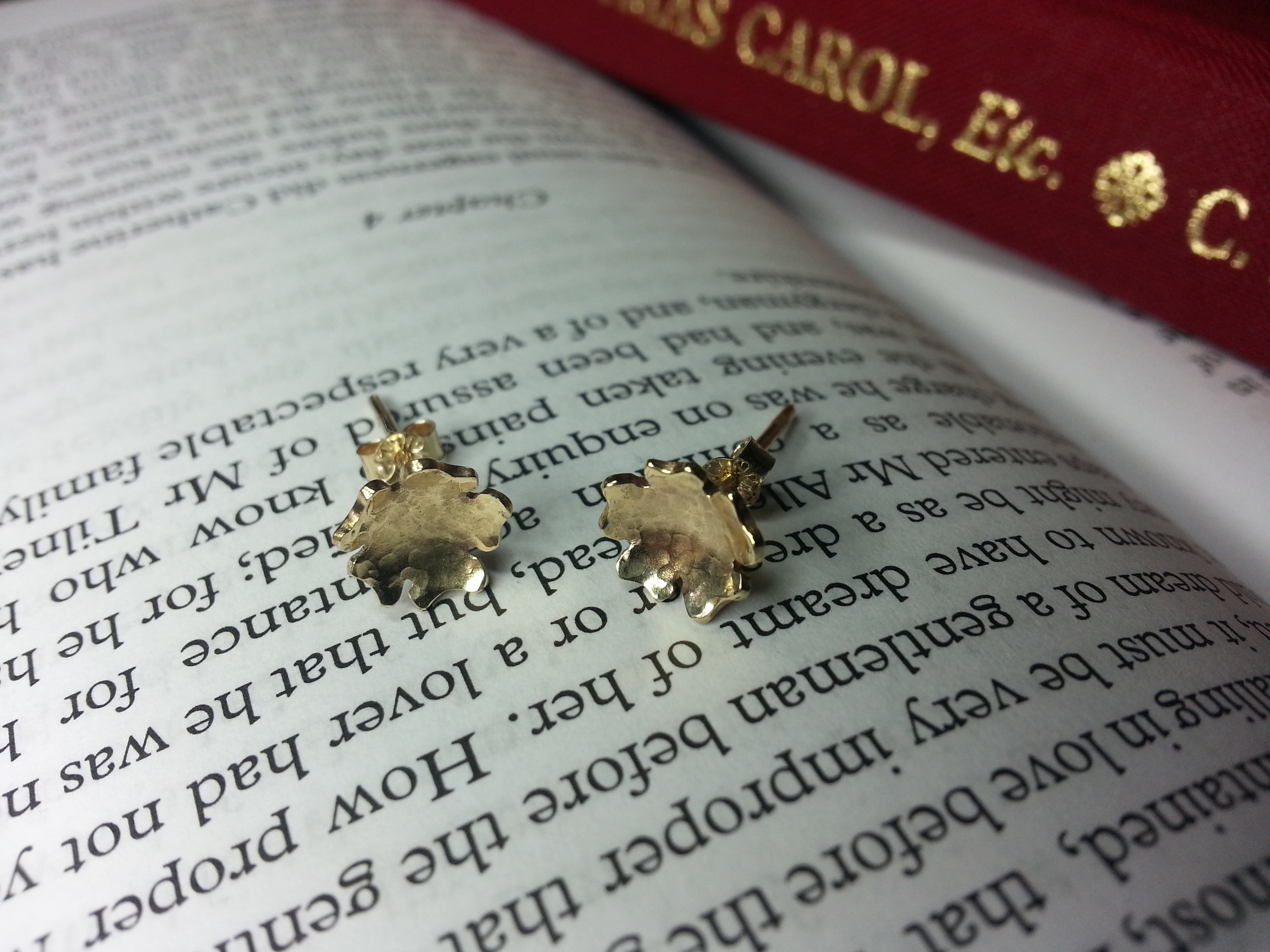Blossom studs 9ct gold